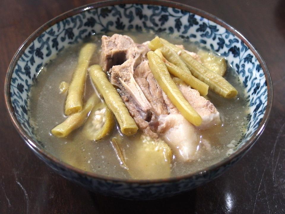 フィリピン留学のごはん フィリピン料理 シニガン