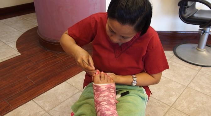 フィリピンの美容室、ネイルアートで女子っぽい休日を過ごしました。