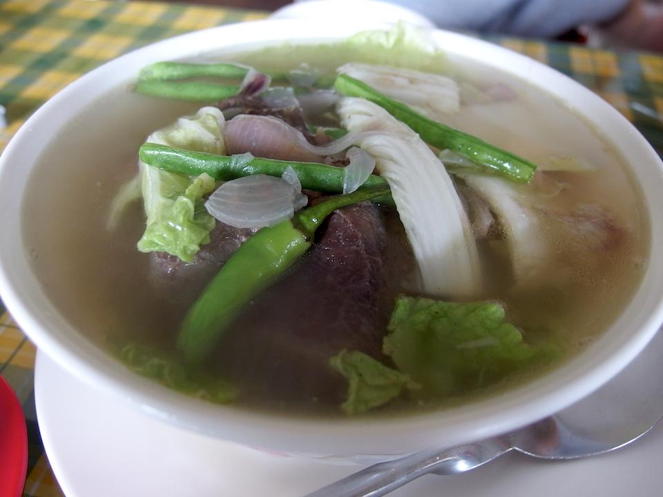 牛肉のスープ、ブラロ