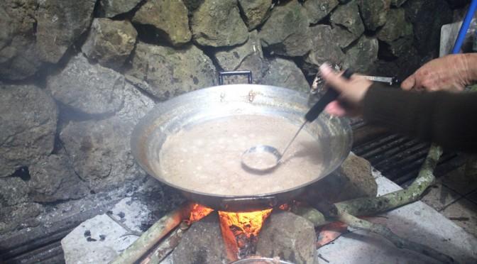 フィリピンの家庭に伝わるココナッツオイルの作り方は、低温圧搾ではなかった…。