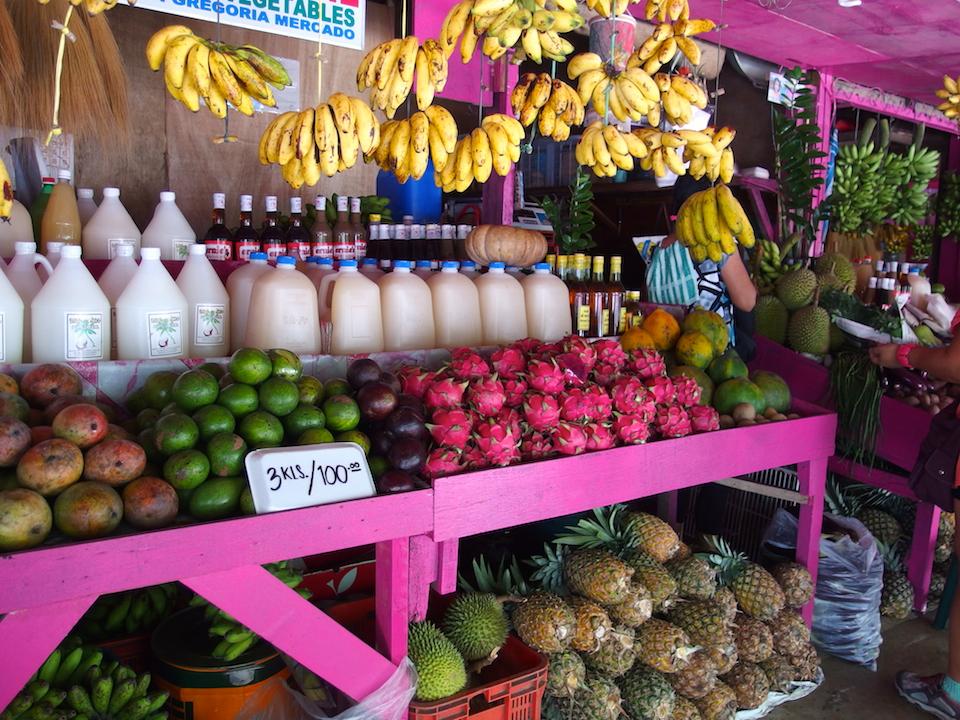 マホガニーマーケットのドラゴンフルーツは安い