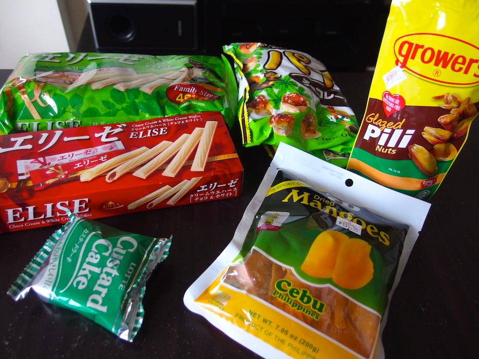台風時の朝ご飯はお菓子を持ち寄る